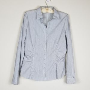 Women's Large New York & Co Stretch blouse